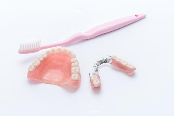 ストレスを感じさせない入れ歯治療